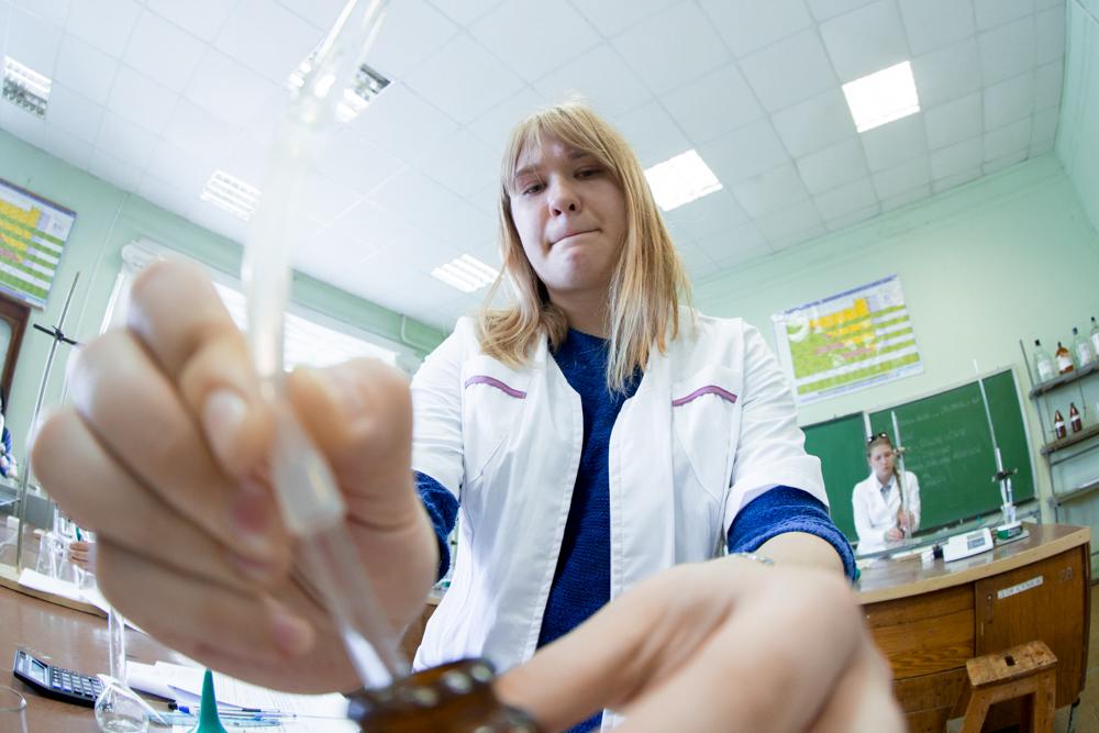 Призер РШФ (2 место) - Дарья Коржук из МАОУ Гимназия №32 ( г. Калининград)