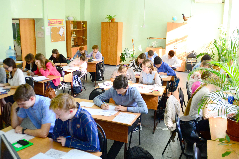 Школа интернат Школа одарённых детей им.А.П.Гужвина Астраханская облать