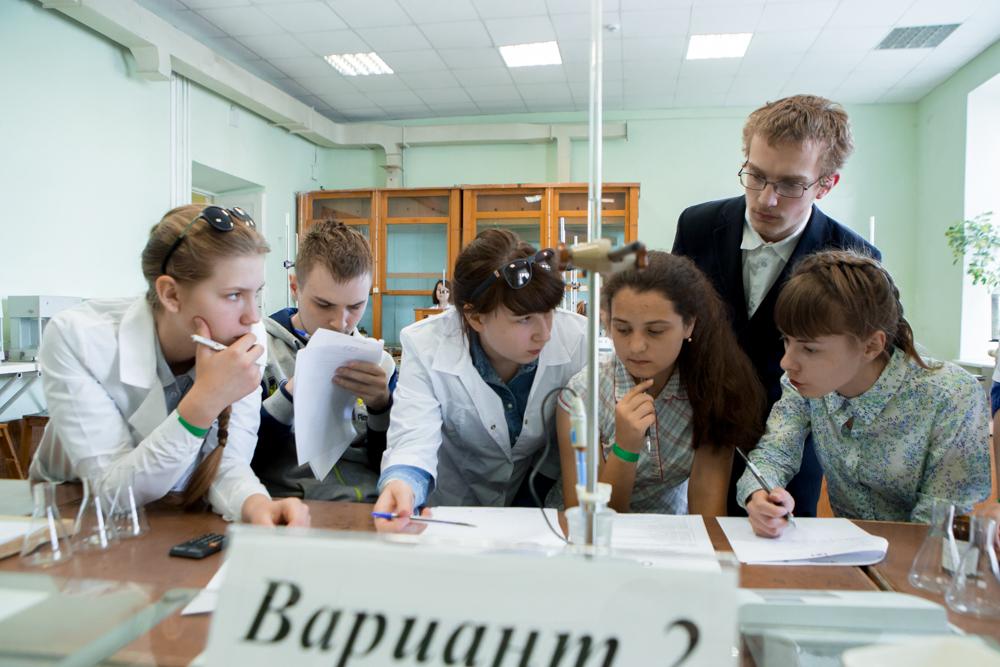Команда финалистов разрабатывает методику титрования